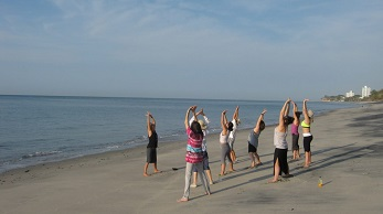 Beach Yoga in Panama Istmo
